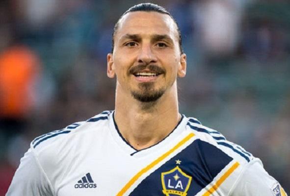 alem-de-gols-e-camisa-errada-ibrahimovic-quebrou-a-internet-em-desafio-da-garrafa-Futebol-Latino-05-07