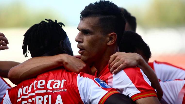 apos-inicio-positivo-em-portugal-ex-coritiba-projeta-estreia-na-liga-Futebol-Latino-05-08