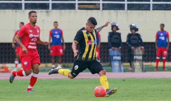 apos-oito-meses-ronaldo-lucena-retornou-aos-gramados-na-venezuela-Futebol-Latino-14-05