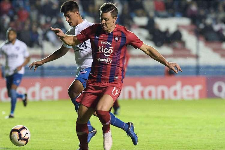 atacante-do-cerro-porteno-esta-fora-de-classico-e-quartas-da-libertadores-Futebol-Latino-13-08