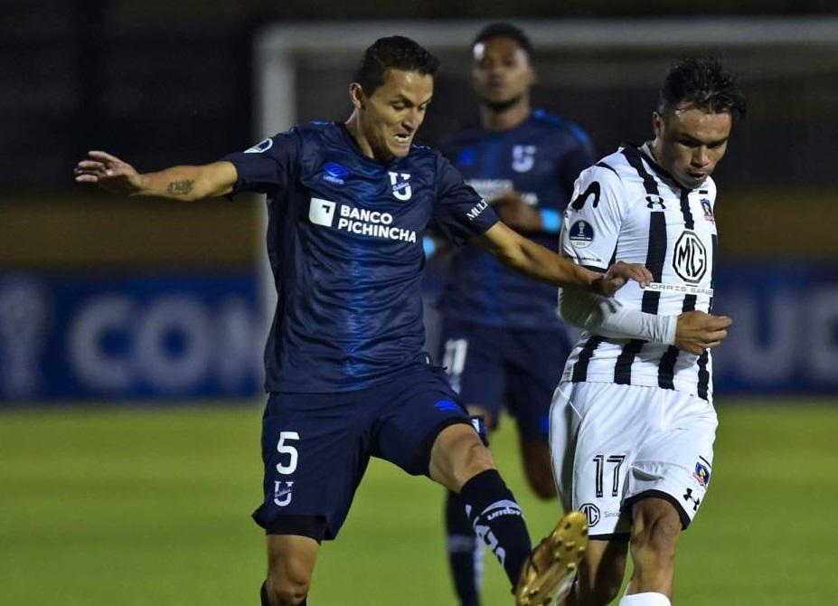 colo-colo-recebe-catolica-de-quito-precisando-de-um-empate-Futebol-Latino-29-04