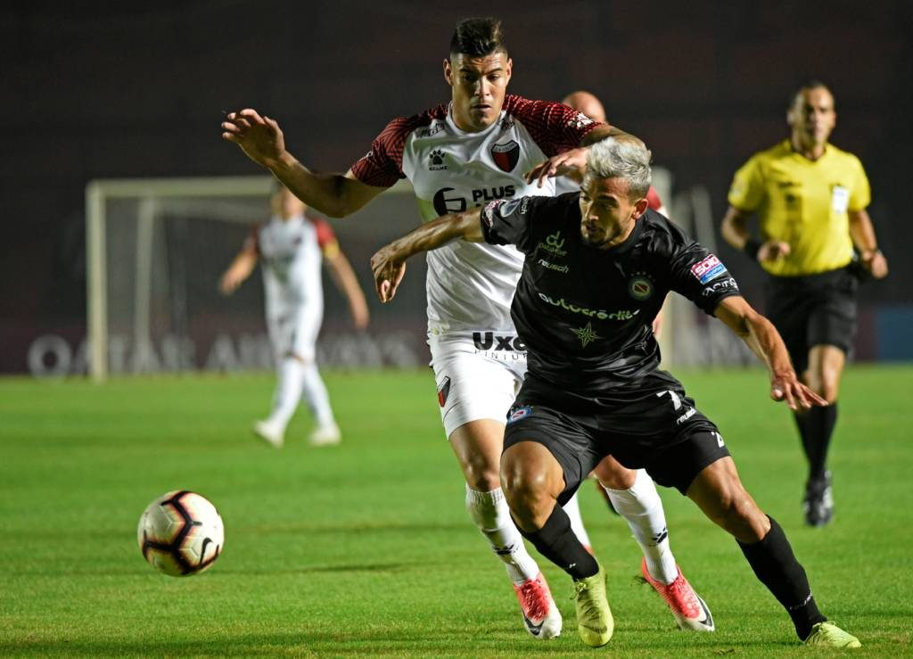 com-dianteira-interessante-argentinos-juniors-recebe-colon-na-sul-americana-Futebol-Latino-17-07