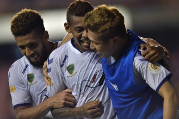 dupla-brasileira-tem-feito-a-diferenca-no-futebol-da-coreia-do-sul-Futebol-Latino-03-09