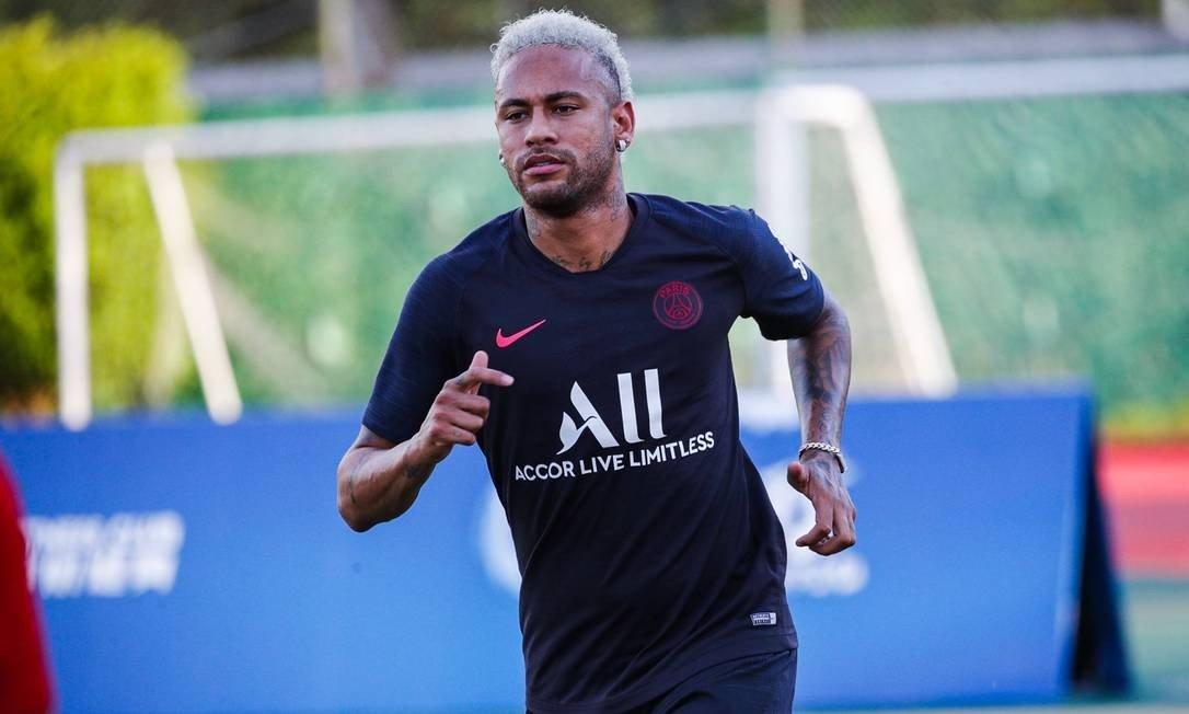 em-entrevista-ex-tecnico-faz-tanto-criticas-como-elogios-a-neymar-Futebol-Latino-31-07