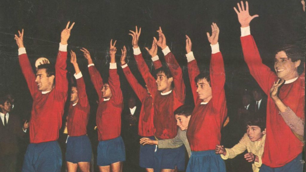 esquadroes-libertadores-1965-independiente-vira-terceiro-bicampeao-em-seis-edicoes-Futebol-Latino-28-09