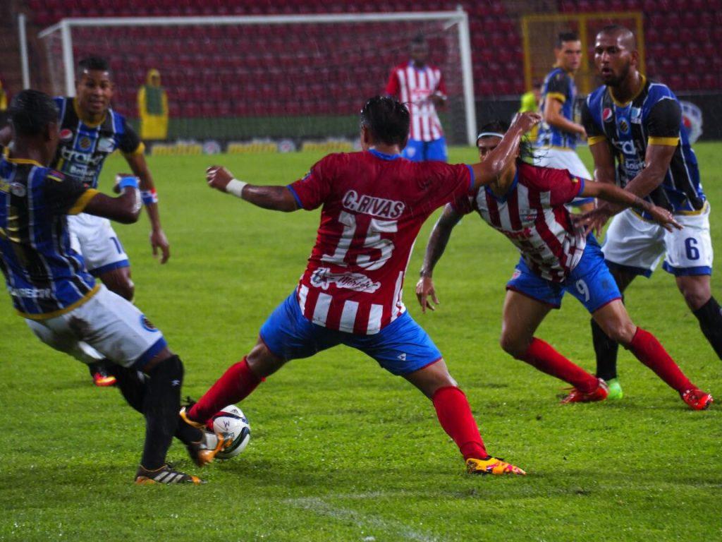 estudiantes-surpreende-elimina-carabobo-fora-de-casa-e-esta-na-final-do-apertura-venezuelano-Futebol-Latino-17-06