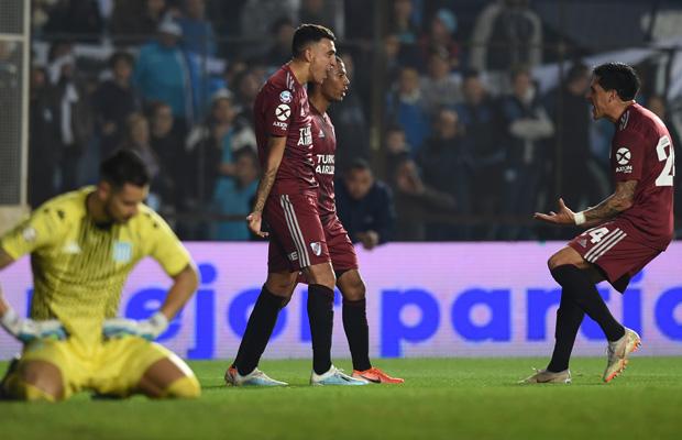 goleada-em-avellaneda-foi-maior-vitoria-como-visitante-do-river-plate-na-era-gallardo-Futebol-Latino-18-08
