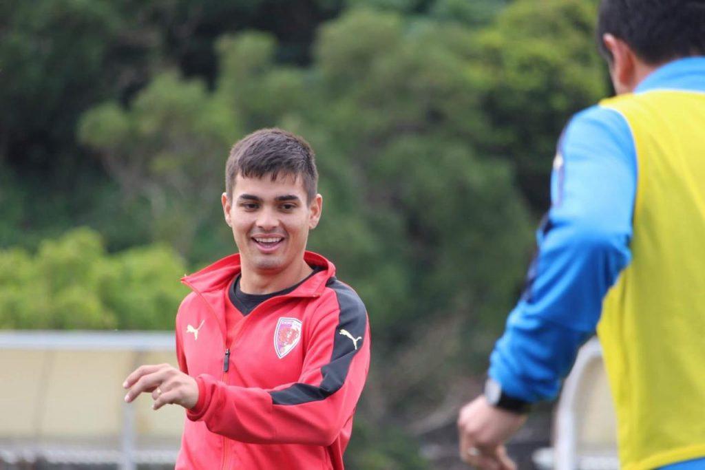 menino-da-vila-renan-mota-aposta-no-peixe-diante-do-corinthians-Futebol-Latino-05-04