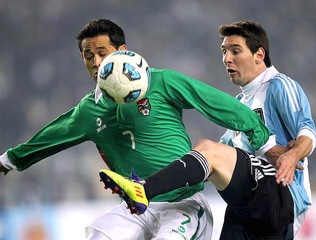 nas-ultimas-tres-estreias-contra-anfitrioes-bolivia-endureceu-o-jogo-Futebol-Latino-14-06